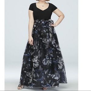 SEAMED CAP SLEEVE GOWN WITH FLORAL ORGANZA SKIRT